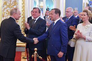 Chính phủ mới của Tổng thống Putin: Ổn định để thay đổi mạnh mẽ?