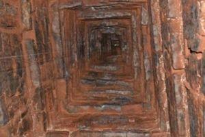 Bộ VHTTDL chi 1,5 tỷ đồng trùng tu khẩn cấp tháp 1.000 năm tuổi