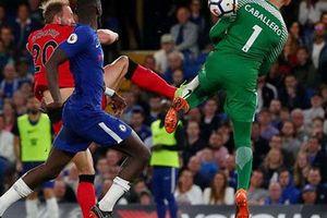 Man City lập kỷ lục, Chelsea hết mơ dự Champions League