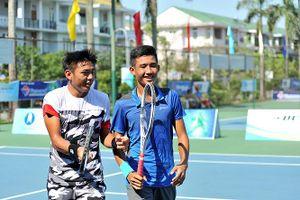 Hoàng Nam vào bán kết đôi nam giải Việt Nam F2 Futures