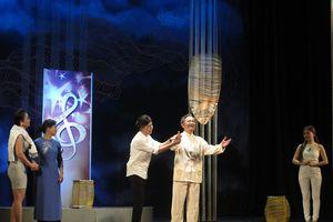 NSND Trần Nhượng: 'Cơn mưa' giải thưởng và khoản nợ với ekip