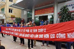 Người lao động Xí nghiệp gạch Đông Văn tiếp tục từ Thanh Hóa ra Hà Nội kêu cứu