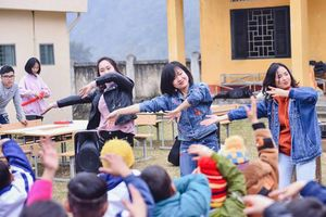 Cô gái trẻ khởi nghiệp từ du lịch tình nguyện
