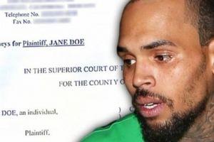 Chris Brown tổ chức hiếp dâm tập thể tại nhà riêng, phải bồi thường 400 tỷ đồng?