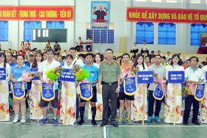 Khởi tranh giải thể thao truyền thống các đơn vị ngành y dược Đà Nẵng – Huế