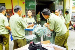 TP Hồ Chí Minh: Ra quân kiểm tra hàng dỏm