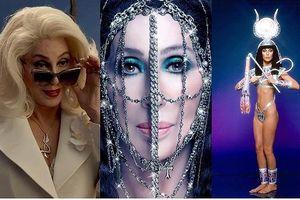 Danh ca Cher tái xuất sang chảnh không ngờ ở tuổi U80