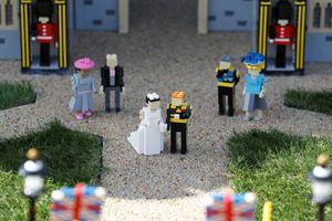 Đám cưới Hoàng gia Anh qua mô hình lego