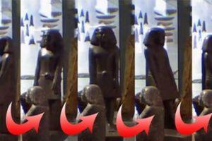 Tượng Ai Cập cổ tự dịch chuyển trong bảo tàng Manchester