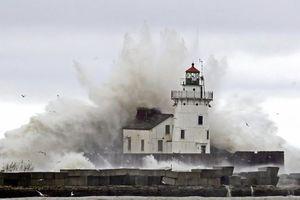 Phát hiện cơn sóng khổng lồ