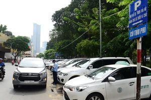 Tp.HCM thu phí đậu ôtô 20.000 - 30.000 đồng một giờ