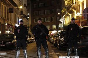 Mỹ sẵn sàng trợ giúp Pháp sau vụ tấn công bằng dao tại Paris