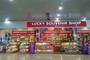 Doanh nghiệp lãi lớn nhờ bán đồ lưu niệm tại sân bay Nội Bài, Tân Sơn Nhất