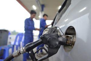 Bộ Tài chính vẫn đề xuất tăng thuế môi trường xăng dầu lên 4.000 đồng