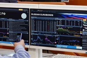 Tiếp tục phát hành Russian Eurobonds, Nga làm khổ Anh-Mỹ