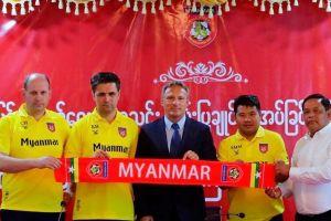 'Bại tướng' của HLV Hoàng Anh Tuấn dẫn dắt Myanmar