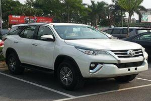 Hiện tượng lạ: Toyota Fortuner đã qua sử dụng đắt hơn xe mới