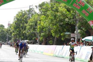 Chặng 9 tour xe đạp toàn quốc về nông thôn: Áo vàng không đổi sau chặng đua ngắn