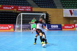 Futsal sinh viên đồng hành thành phố Đà Nẵng: Nghẹt thở cuộc đua vào Tứ kết