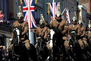 Lễ tổng duyệt của quân đội Anh trước thềm đám cưới Hoàng gia