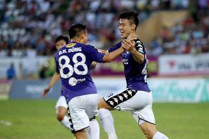 Hà Nội FC bứt phá trên sân Thiên Trường