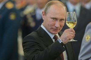 Ông Putin bất ngờ 'chúc mừng' cựu điệp viên hai mang Skripal