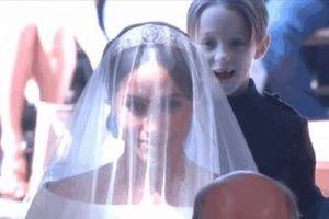 Cậu bé phù rể gây chú ý trong đám cưới Hoàng gia Anh