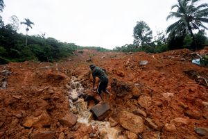 Mưa lớn, lở đất ở Sri Lanka, 5 người thiệt mạng