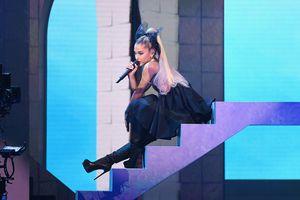 Dàn sao nữ biểu diễn gợi cảm tại Billboard Music Award