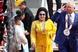 Sự sụp đổ không thể bẽ bàng hơn của cựu Thủ tướng Malaysia