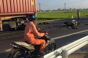 Thái Bình: Va chạm với xe container, 2 vợ chồng tử vong tại chỗ