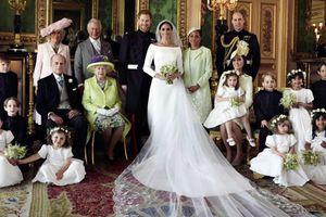 Hoàng tử Harry công bố ảnh cưới chính thức