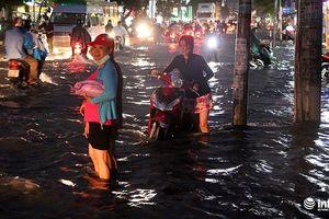 TP.HCM sau mưa lớn: Chỉ 10 tuyến đường ngập, còn 22 tuyến đường bị… 'tụ nước'