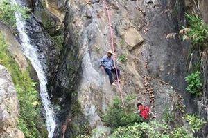 Đã đưa thi thể phượt thủ mất tích ra khỏi thác Lao Phảo