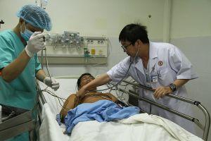 Điều trực thăng ra Trường Sa cấp cứu bệnh nhân nhồi máu cơ tim