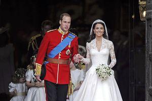 Trầm trồ trước những bộ váy cưới hoàng gia đẹp nhất mọi thế kỷ