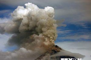 Philippines cảnh báo nguy cơ núi lửa Mayon bất ngờ phun trào
