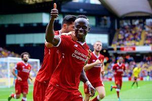 Sao Liverpool mua áo tặng người hâm mộ trước chung kết với Real