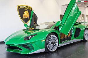 Lamborghini Aventador SV đặc biệt lấy cảm hứng từ Miura SV