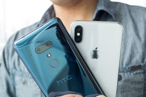 So sánh chi tiết HTC U12 Plus và iPhone X