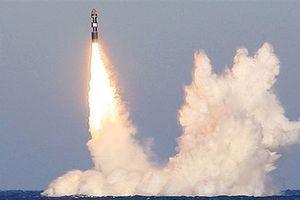 Mỹ thừa nhận sức mạnh đáng sợ tên lửa Bulava...của Nga