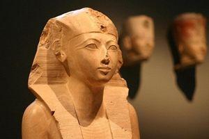 Giải mã cuộc đời nữ hoàng Ai Cập vĩ đại nhất lịch sử nhân loại