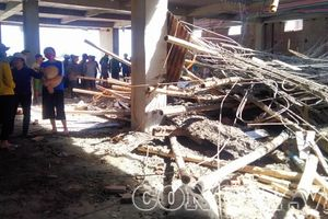 Nam Định: Sập giàn giáo đang thi công siêu thị, 1 công nhân bị vùi lấp