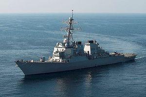 Reuters: Mỹ điều hai tàu chiến đến Biển Đông