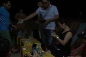 Ăn hải sản ở biển Đồ Sơn, khách tá hỏa vì trả thêm 500.000 đồng tiền ghế ngồi