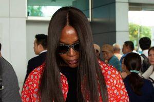 Siêu mẫu 'báo đen' Naomi Campbell bất ngờ đến Việt Nam