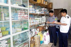 TP HCM: Phạt 'bác sĩ chui', bán thuốc rởm 140 triệu đồng
