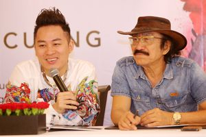 Tùng Dương: 'Tôi có hai ông bố, một là Trần Tiến, hai là Nguyễn Cường'