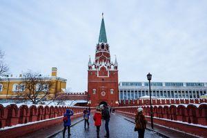 Hóa giá tài sản công và lớp đại gia thân hữu tại Nga