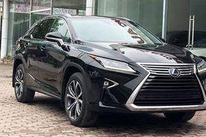 Xe Lexus RX350L 7 chỗ tiền tỷ đầu tiên'cập bến' HN